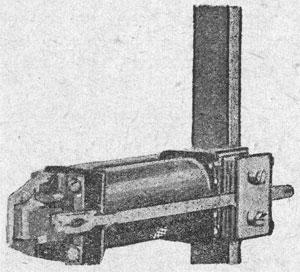 Рисунок 15. Реле фирмы Сименс и Гальске (Siemens & Halske) с разделенным сердечником