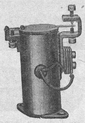 Рисунок 2. Реле фирмы Сименс и Гальске (Siemens & Halske) горшочного типа.