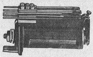 Рисунок 6. Реле фирмы Сименс и Гальске (Siemens & Halske) ножевого типа.