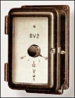 Рисунок 1. Реле защиты от тока утечки на корпус типа RV2 (Siemens, 1935)