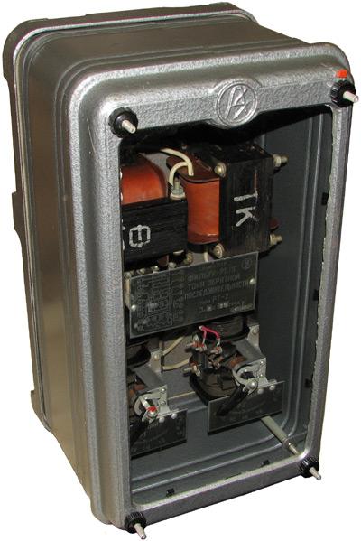 Фильтр-реле тока обратной последовательности типов РТ-2  1965 года выпуска, производства ЧЭАЗ