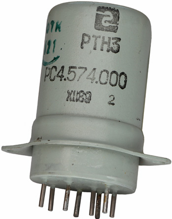 Электротепловое реле времени типа РТН-3 РС4.574.000 производства Ереванского релейного завода, 1989 года выпуска