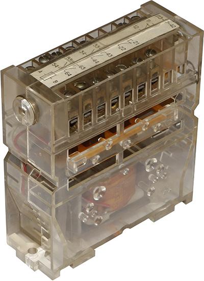 Реле промежуточное ПЭ-37-42  1989 г.в. производства Киевского завода Реле и автоматика